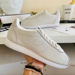NWT Nike Cortez